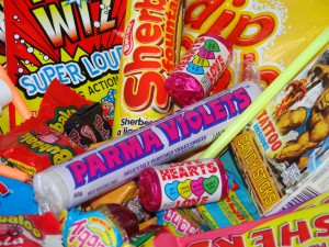 Chocolate_Ape_Sweet_Shop_Retro_Sweets_Birthday_Gift_Box_4