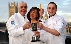 Prince's Fife fryer is top of the chip shops...Robert and Alison Smith and their son Jeff, 23, celebrate by the Thames after winning the 2008 national Fish & Chip Shop of the Year competition at a ceremony in London. PRESS ASSOCIATION Photo. Picture date: Thursday January 22, 2009. The Anstruther Fish Bar in Fife was popular with Prince William during his university days at St Andrews, and Oscar-winning actors Robert De Niro, Robert Duvall and Tom Hanks have all sampled its wares. See PA story CONSUMER Fish. Photo credit should read: Fiona Hanson/PA Wire